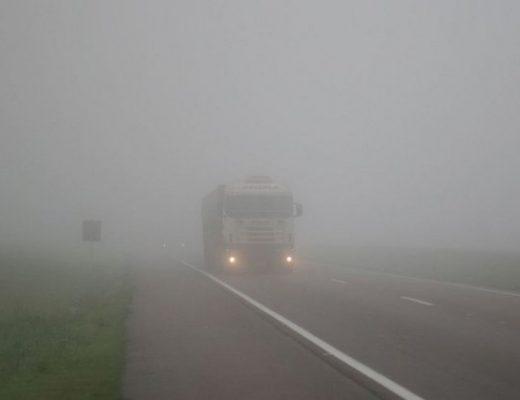 Neblina e geada