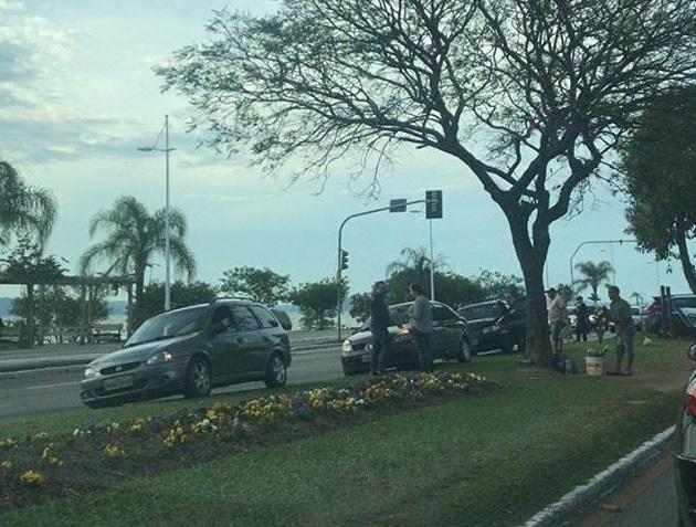 Acidente na Avenida Beira-Mar Norte