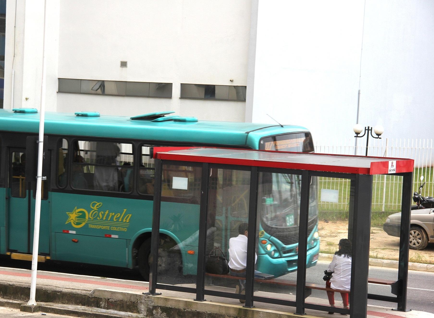 Ônibus em São José