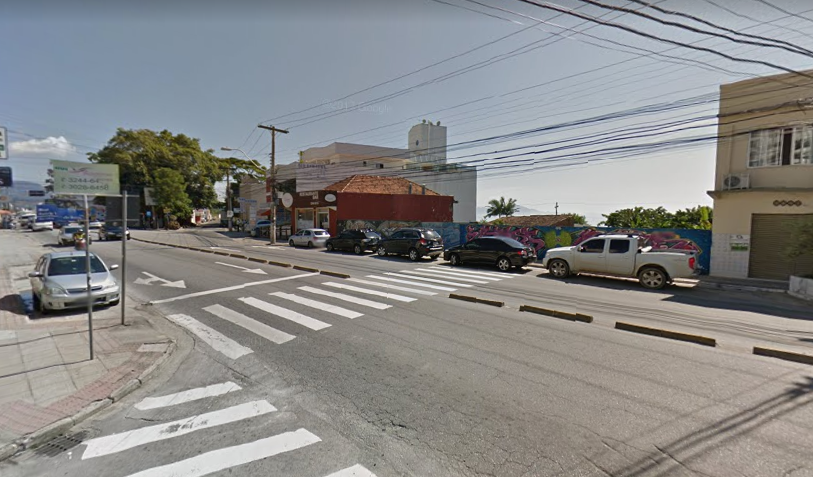 Avenida Leoberto Leal