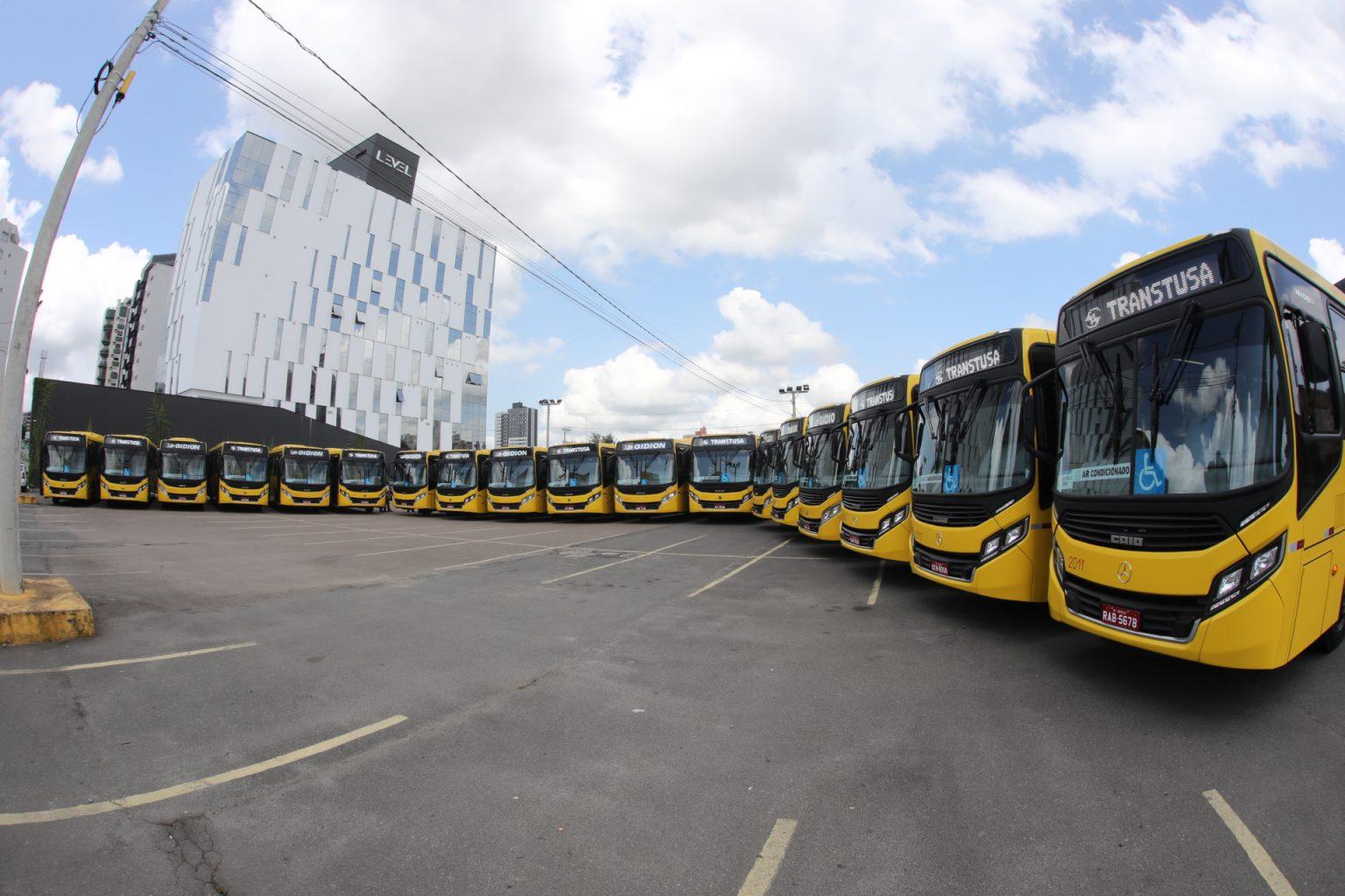 Novos ônibus Joinville
