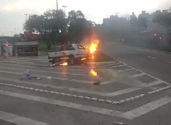 Carro fogo Gustavo Richard